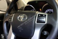 Bekijk foto's Bedrijfswagen Toyota Land Cruiser 3.0 D-4D-F VAN Grijs kent. NL Auto 3.5t Trekverm. AWD/4WD/Climate/Cruise/grijs kenteken