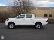 Voir les photos Véhicule utilitaire Toyota Hilux DLX 2.4