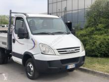 Преглед на снимките Лекотоварен автомобил Iveco Daily 35C15