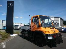Voir les photos Camion Unimog U300 Mercedes-Benz UNIMOG U300 4x4