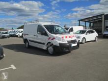 Voir les photos Véhicule utilitaire Peugeot Expert 229 L1H1 2.0 HDI FAP 125 PACK CD CLIM MOTRICITE RENFORCEE
