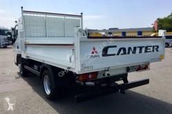 Vedere le foto Veicolo commerciale Mitsubishi Fuso Canter 3C15
