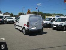 Voir les photos Véhicule utilitaire Peugeot Partner 120 L1 1.6 BLUEHDI 75 PACK CLIM NAV