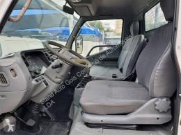 Ver as fotos Veículo utilitário Mitsubishi Canter FE659