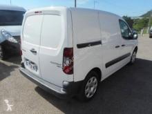 Voir les photos Véhicule utilitaire Peugeot Partner HDI