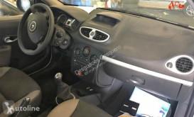 Zobaczyć zdjęcia Pojazd dostawczy Renault CLIO