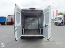 Voir les photos Véhicule utilitaire Peugeot Boxer 335 L2H2 HDI 130