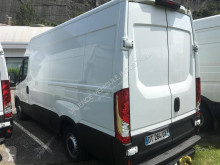 Voir les photos Véhicule utilitaire Iveco Daily Fg 35S13V12