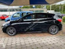 Voir les photos Véhicule utilitaire Ford Focus ST-Line
