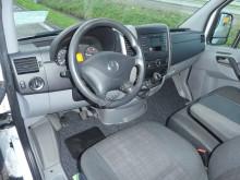Преглед на снимките Лекотоварен автомобил Mercedes Sprinter 216 cdi l2h2 airco