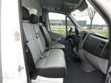 Преглед на снимките Лекотоварен автомобил Volkswagen Crafter 35 2.0 TDI bakwagen laadklep