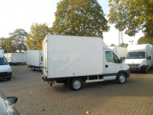 Voir les photos Véhicule utilitaire Iveco Daily 35S13 Tiefkühlkoffer *10 Stück auf Lager*