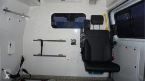 Voir les photos Véhicule utilitaire Ford Transit AMBULANCE