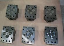 قطع غيار الآليات الثقيلة محرك Mercedes CULASSES MERCEDES ER ou NEUVES