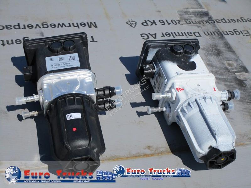 Voir les photos Pièces détachées PL Mercedes A001405578 Ad blue