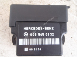 Mercedes 0085450132 CONTROL UNIT used electric system