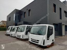Iveco Eurocargo cabina usato