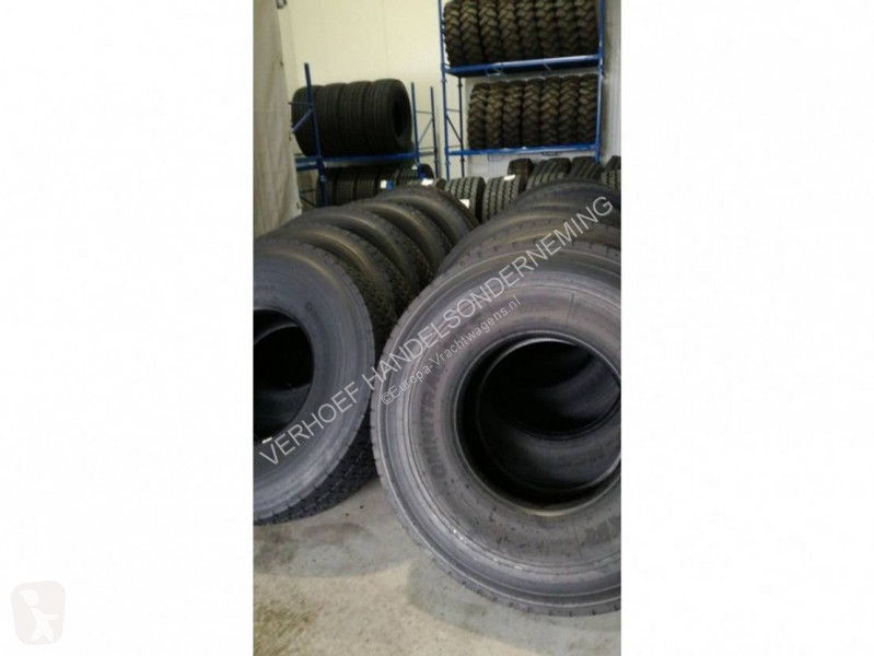 View images Goodyear 445/75R22.5 truck part