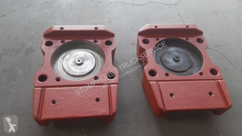 Vedere le foto Ricambio per autocarri Ginaf onderplaat hpvs cilinder