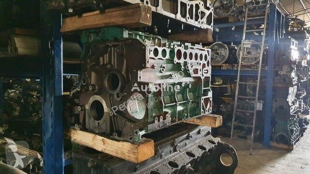 Voir les photos Pièces détachées PL Deutz Bloc-moteur  /Crankcase, Cylinder Block / Renault DXI / Volvo D7 04905375 pour camion