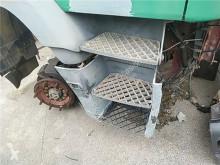 Repuestos para camiones Iveco Eurotech Marchepied pour tracteur routier (MP) MP 190 E 34 usado