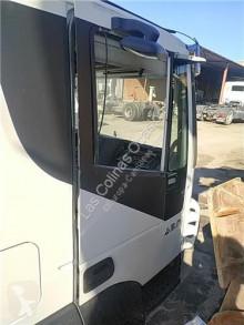 Pièces détachées PL Iveco Stralis Porte Delantera pour camion AD 440S45, AT 440S45 occasion