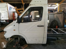 Repuestos para camiones Porte pour camion MERCEDES-BENZ SPRINTER 4-t Furgón (904) 412 D usado