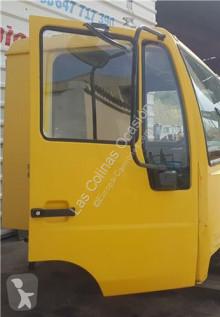 Náhradné diely na nákladné vozidlo MAN Porte Puerta Delantera Derecha pour camion 8.153 8.153 F ojazdený