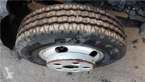 roue / pneu Mitsubishi