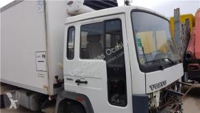 Repuestos para camiones Volvo FL Porte Puerta Delantera Derecha pour camion 611 611 E usado