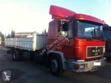 MAN Cabine pour camion M 90 18.192 - 18.272 Chasis 18.272 198 KW [6,9 Ltr. - 198 kW Diesel] kabine / karrosseri brugt