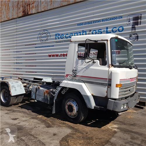 Vedere le foto Ricambio per autocarri Nissan Siège Asiento Delantero pour camion  M-Serie 130.17/ 6925cc