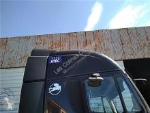 Pièces détachées PL Iveco Stralis Aileron Spoiler Techo Solar pour tracteur routier AD 440S45, AT 440S45 occasion