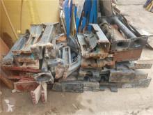 Repuestos para camiones Autre pièce détachée de carrosserie Viga Chasis Trasera pour camion MERCEDES-BENZ usado