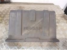 Náhradní díly pro kamiony Nissan Atleon Boîtier de batterie pour camion použitý