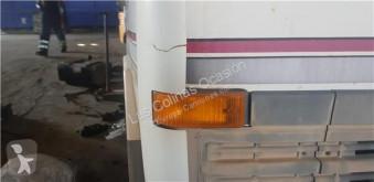 Repuestos para camiones cabina / Carrocería Nissan Revêtement Aletin Delantero Derecho pour camion L - 45.085 PR / 2800 / 4.5 / 63 KW [3,0 Ltr. - 63 kW Diesel]