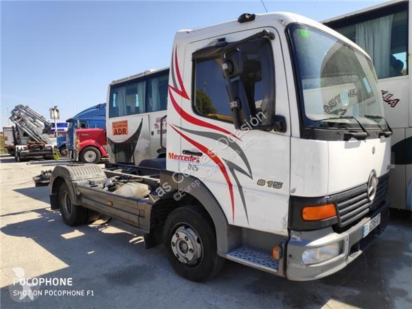 Voir les photos Pièces détachées PL OM Siège Asiento Delantero Derecho pour camion MERCEDES-BENZ Atego 4-Cilindros 4x2/BM 970/2/5/6 815 (4X2)  904 LA [4,3 Ltr. - 112 kW Diesel ( 904 LA)]