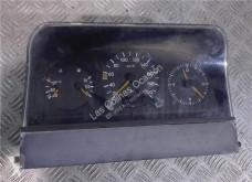 Piese de schimb vehicule de mare tonaj Tableau de bord pour automobile MERCEDES-BENZ Sprinter Combi (02.2000->) second-hand