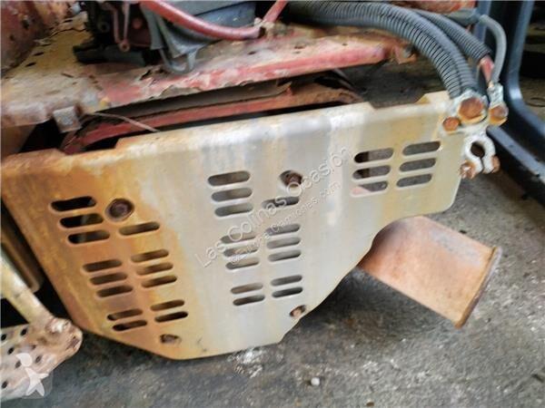 Voir les photos Pièces détachées PL Iveco Stralis Pot d\'échappement SILENCIADOR pour tracteur routier   AS 440S54