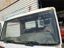 Cabine / carrosserie Nissan Atleon Pare-brise pour camion 210