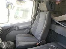 Repuestos para camiones OM Siège Asiento Delantero Derecho pour tracteur routier MERCEDES-BENZ Axor 2 - Ejes Serie / BM 944 1843 4X2 457 LA [12,0 Ltr. - 315 kW R6 Diesel ( 457 LA)] cabina / Carrocería equipamiento interior asiento usado