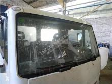 Repuestos para camiones Nissan Atleon Pare-brise pour camion 165.75 cabina / Carrocería usado