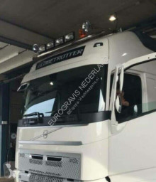 pièces détachées PL Volvo Fixations Dakbeugel voor FH4 XL en Globetrotter pour tracteur routier