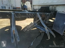 Vrachtwagenonderdelen Nissan Trade Fixations Soporte Delantero Deposito pour camion 2.8 Diesel tweedehands