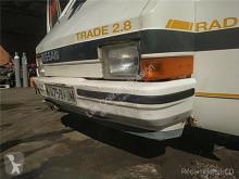 Náhradné diely na nákladné vozidlo Nissan Trade Pare-chocs pour camion 2.8 Diesel ojazdený