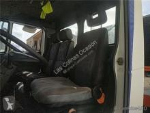 Repuestos para camiones Nissan Atleon Siège pour camion 110.56, 120.56 cabina / Carrocería usado