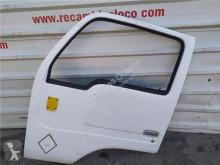 Reservdelar lastbilar Nissan Atleon Porte pour camion 110.35, 120.35 begagnad