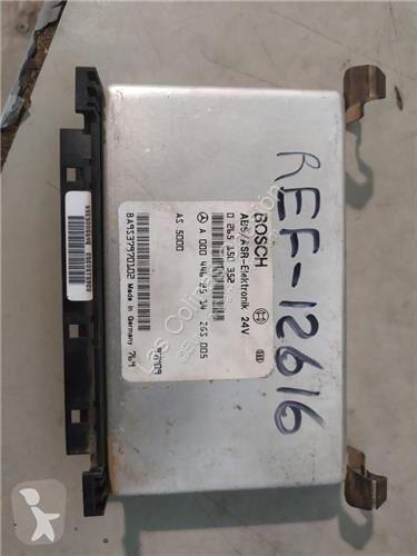 Voir les photos Pièces détachées PL Bosch Unité de commande Centralita pour camion MERCEDES-BENZ