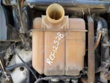 Repuestos para camiones sistema de refrigeración vaso de expansión Scania Réservoir d'expansion Deposito Expansion pour camion Serie 4 (P/R 94 G)(1996->) FG 310 (4X2) E2 [9,0 Ltr. - 228 kW Diesel (6 cil.)]