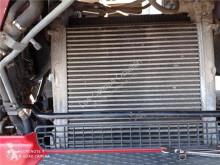 قطع غيار الآليات الثقيلة refroidissement Renault Premium Radiateur de refroidissement du moteur pour camion 2 Lander 440.18